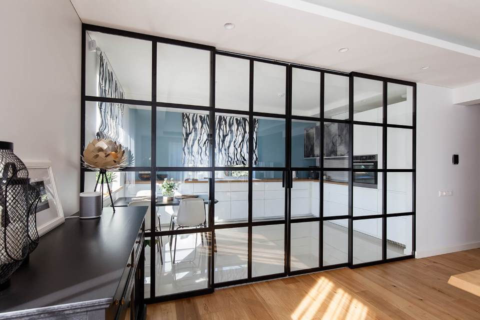 glazed-fire-doors-provide-security-and-design
